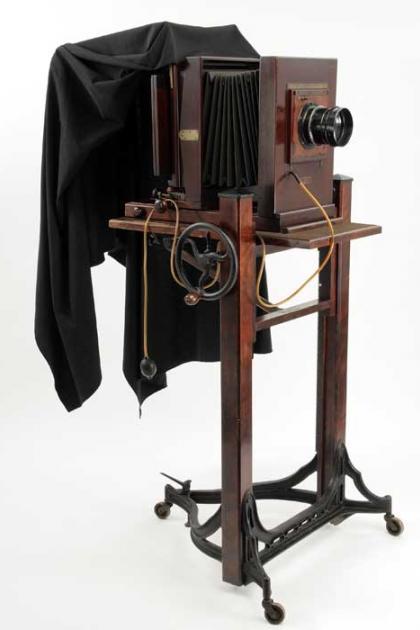 Folmer Graflex Century Dry Plate Camera, circa 1900