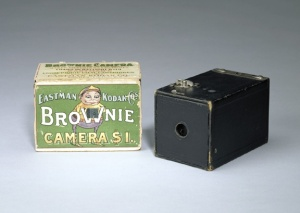 1900 Kodak Brownie Camera & Box