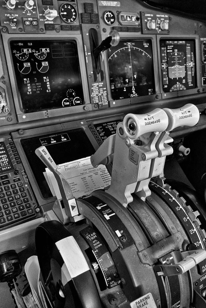 """""""At Cruise"""" Boeing 737 Console, Oct 24, 2013"""