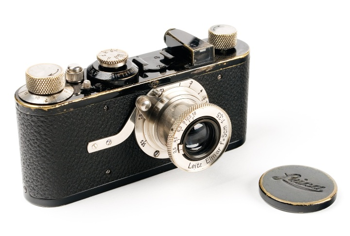 Figure x:  Leica I, debuted in 1925